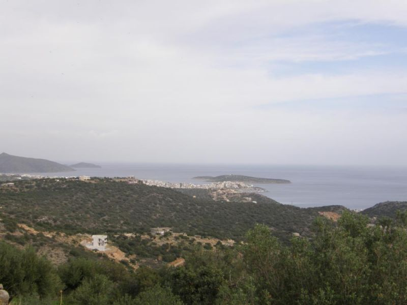 Inexpensive plot of land with great sea views.