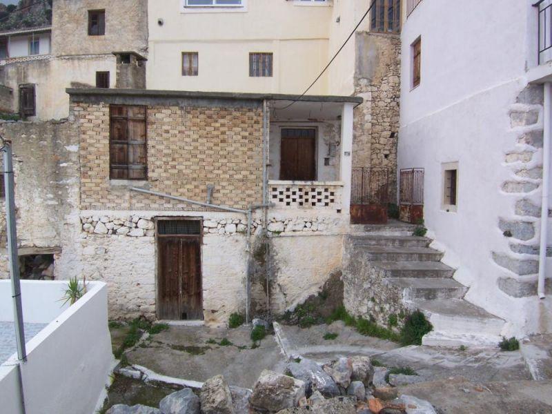 House for renovation with nice views. Kritsa