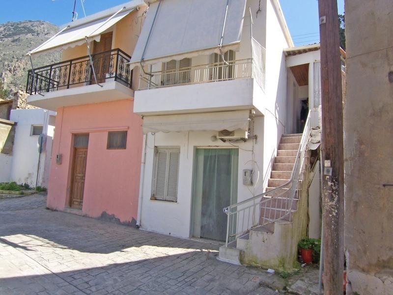 Immobiliers vendre 3 chambres villa maison vendre en for Acheter maison en grece