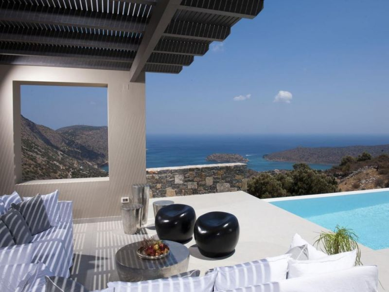 New 5 bedroom luxury villa with amazing bay and island views.