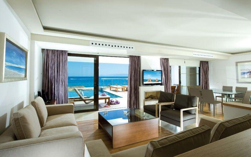 6 Bedroom Residence in 6-Stars Luxury Resort