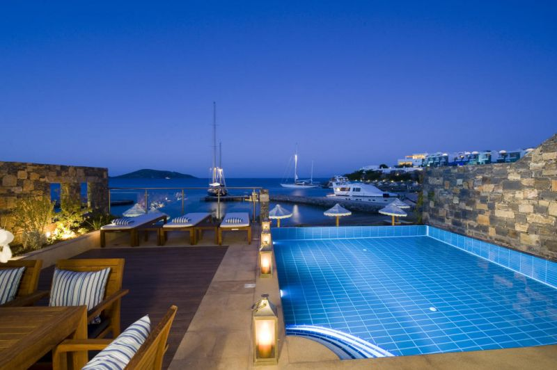 5 Bedroom Residence in 6-Stars Luxury Resort