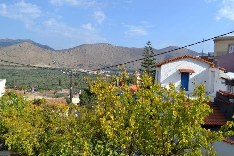 Two floor house with terrace, garden and nice views.
