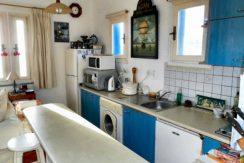 APMAK1 - kitchen in top apartment