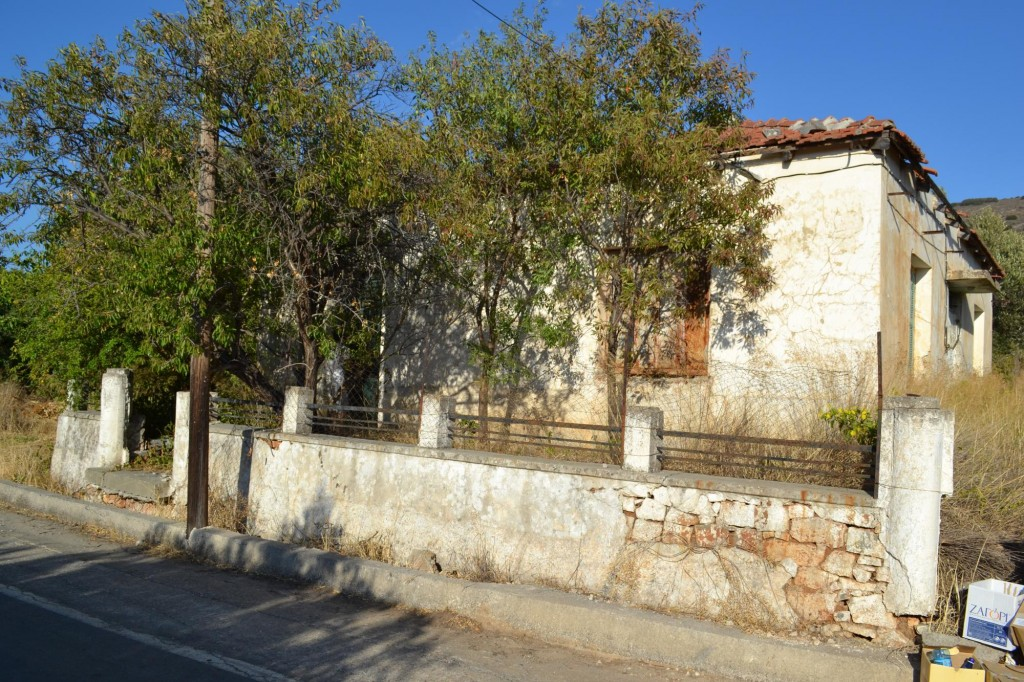 Partly renovated 2 bedroom stone house, with large garden.