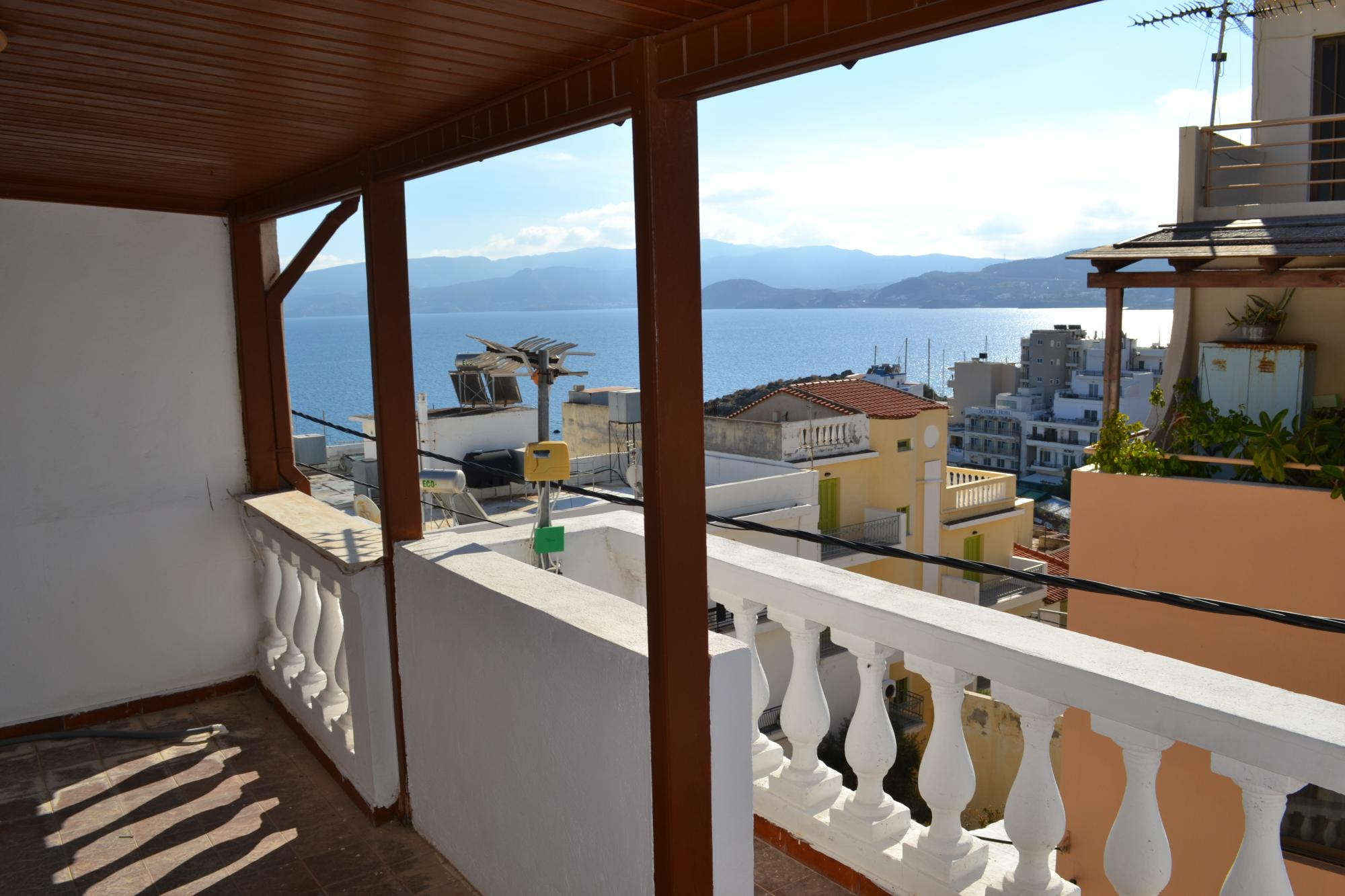 Unfinished apartment building for sale in central position, close to beach, sea views. Agios Nikolaos.