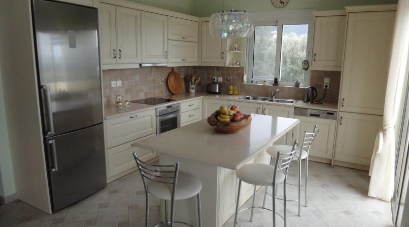 scaled-Kitchen Y
