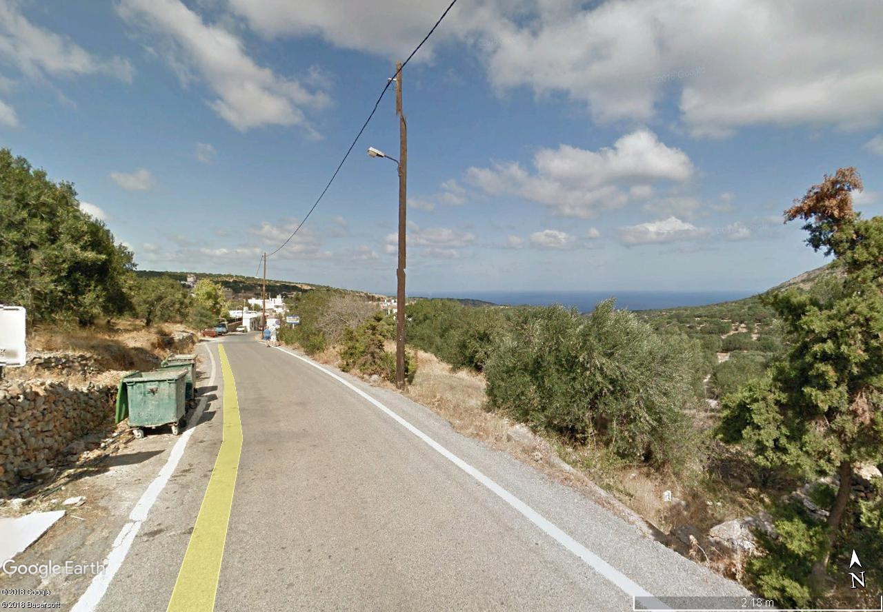 Building plot, 835 m2, on Vrouchas, north of the Elounda Bay