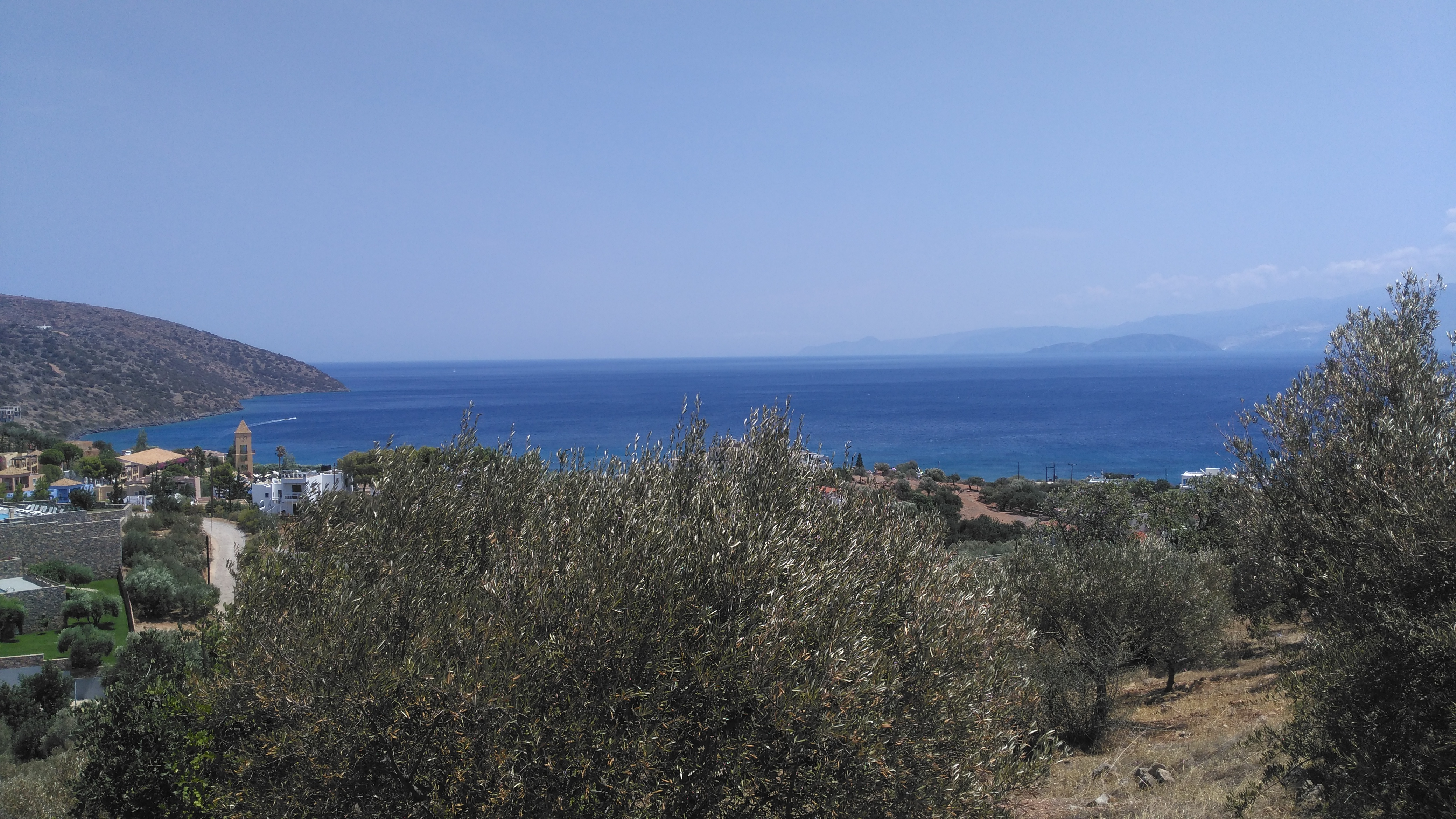 Seaview building land, 1256 m2, in the outskirts of Agios Nikolaos
