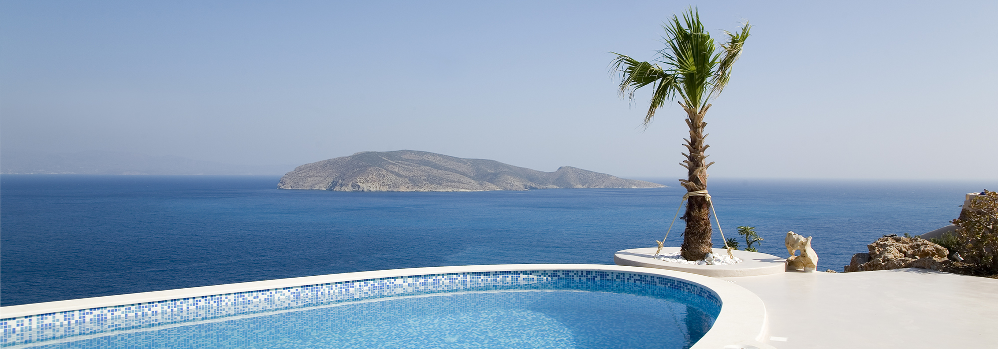 Unique, Cycladic-style 3 bedroom villa with pool and stunning sea views
