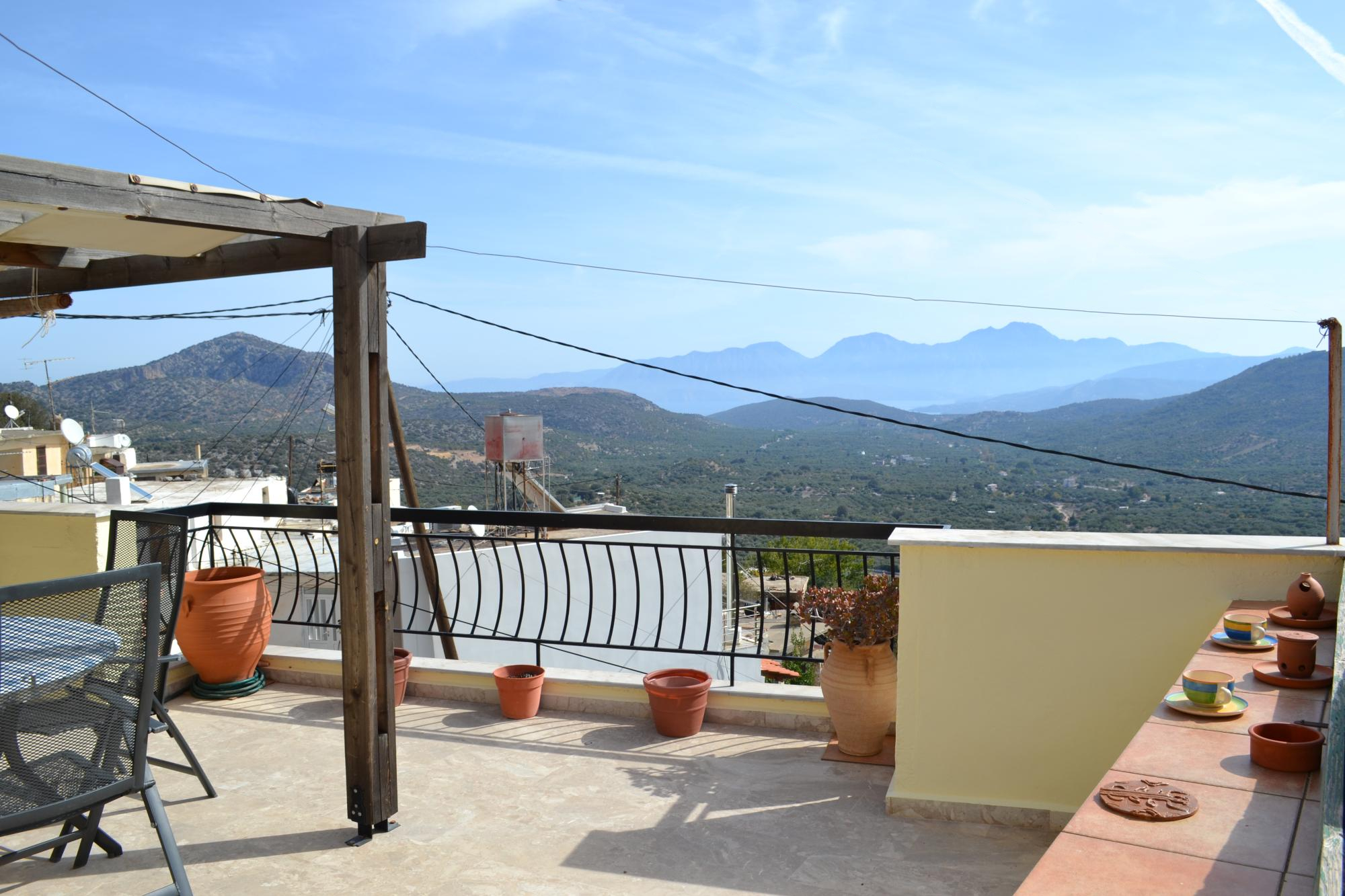 Wonderful 3 bedroom village house, with panoramic views.