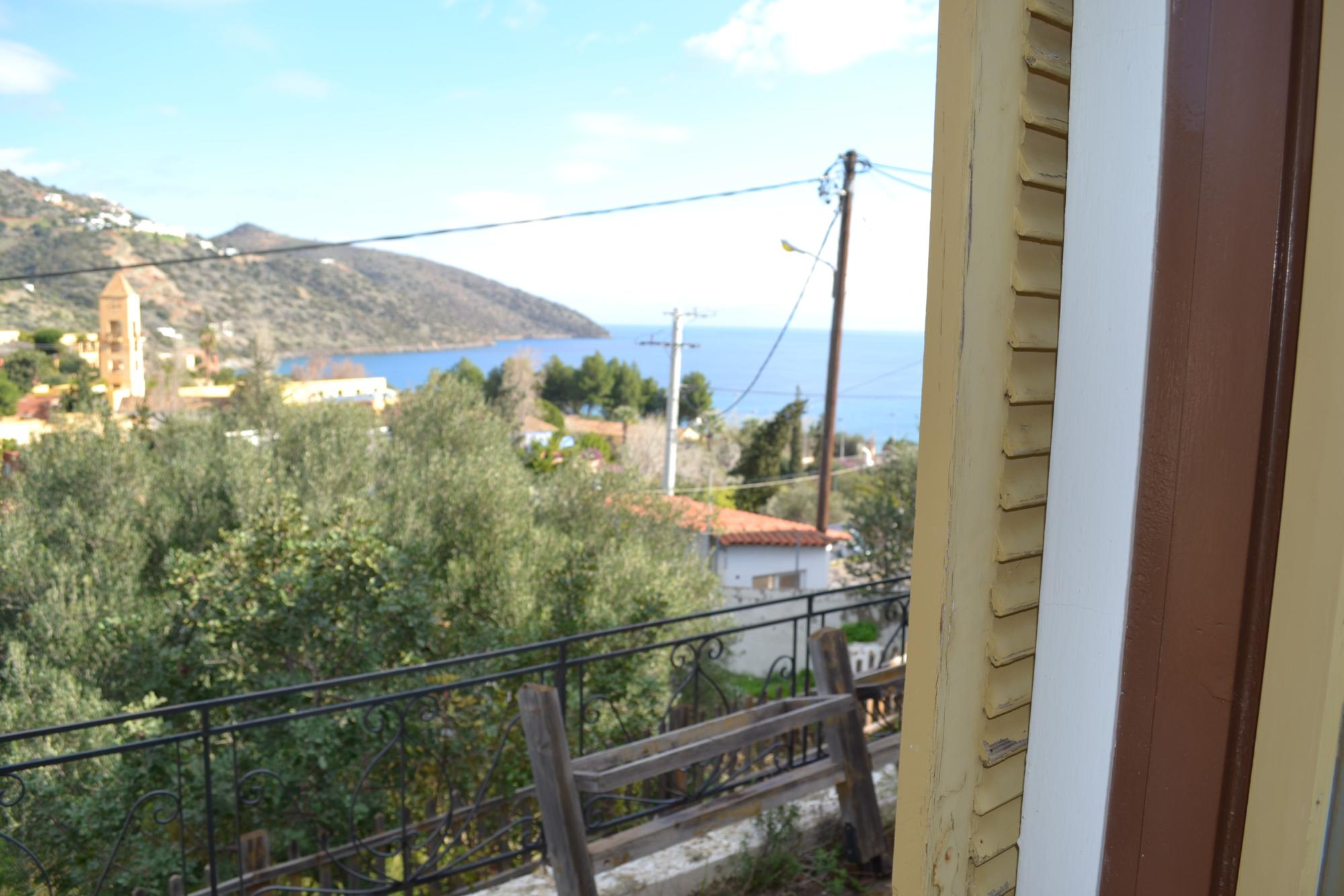 Small hotel with sea views, close to beach and town.