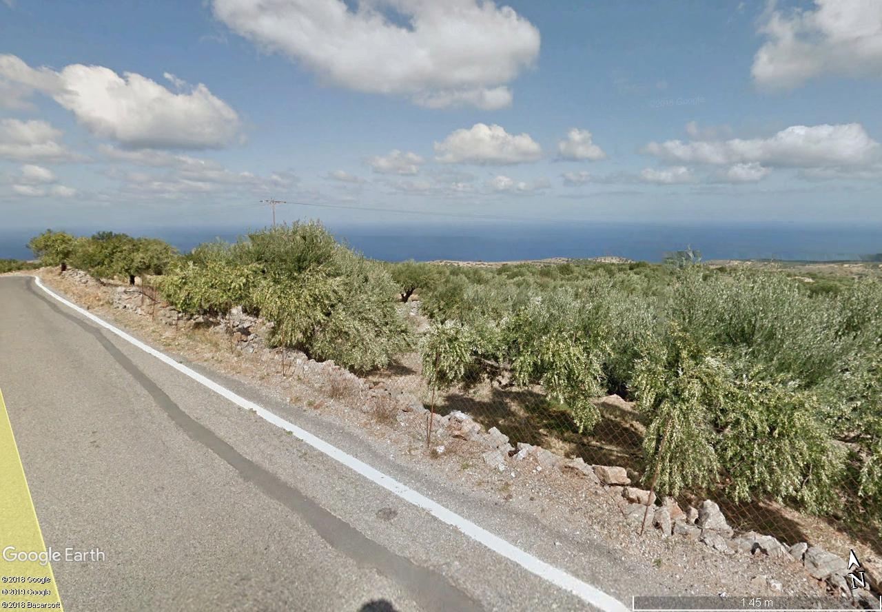 Seaview building land of 4600 m2 in quiet countryside