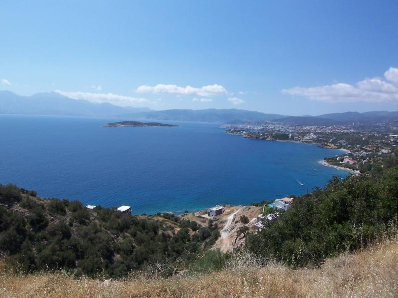 Seaside building plot of 2847 m2 with amazing views