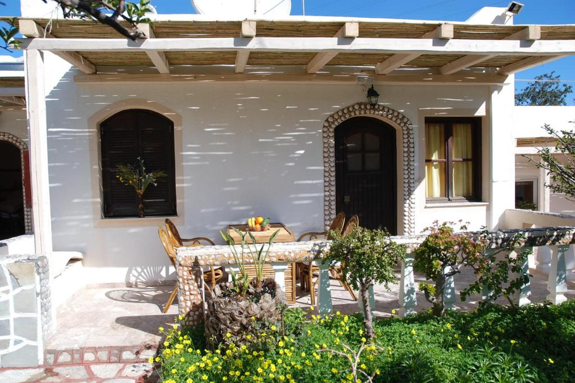 Two bedroom bungalow close to sandy beach. Amoudara