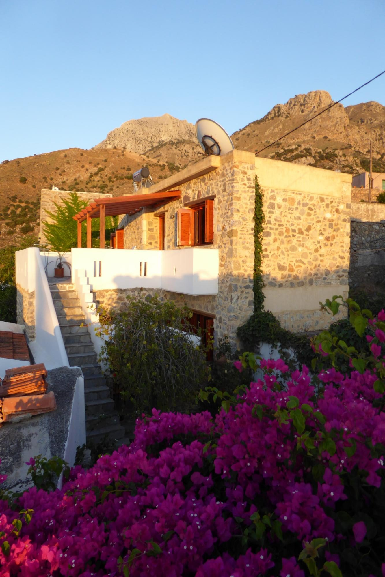 3 bedroom village stone house with garden and sea view.