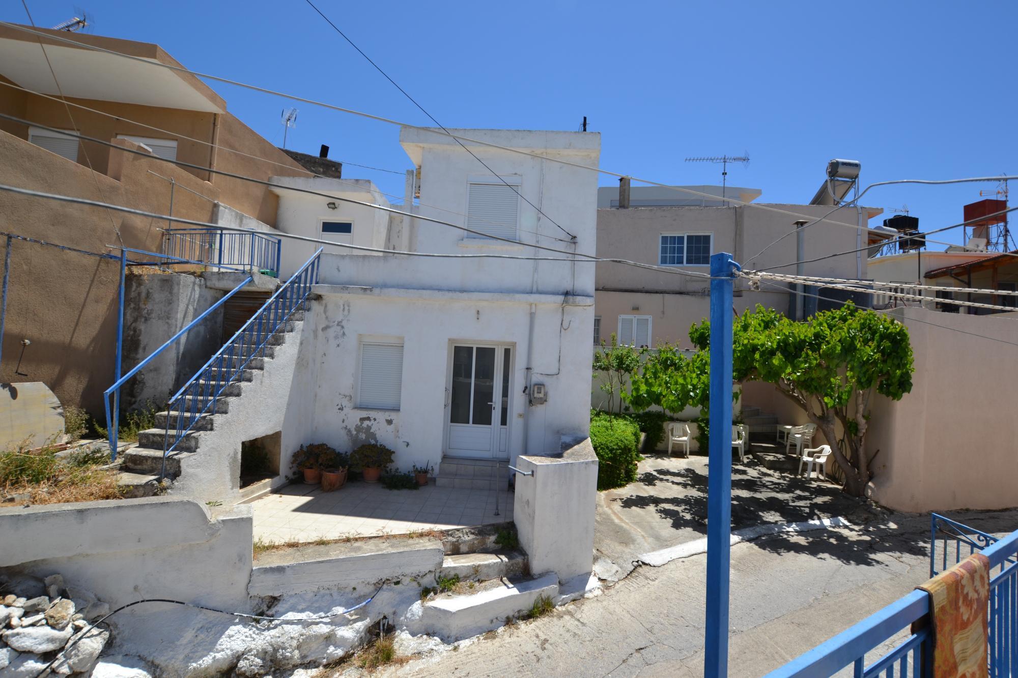 Two bedroom house with sea views in beautiful Cretan village.