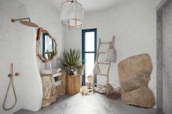 HMOCH23scaled-Bathroom